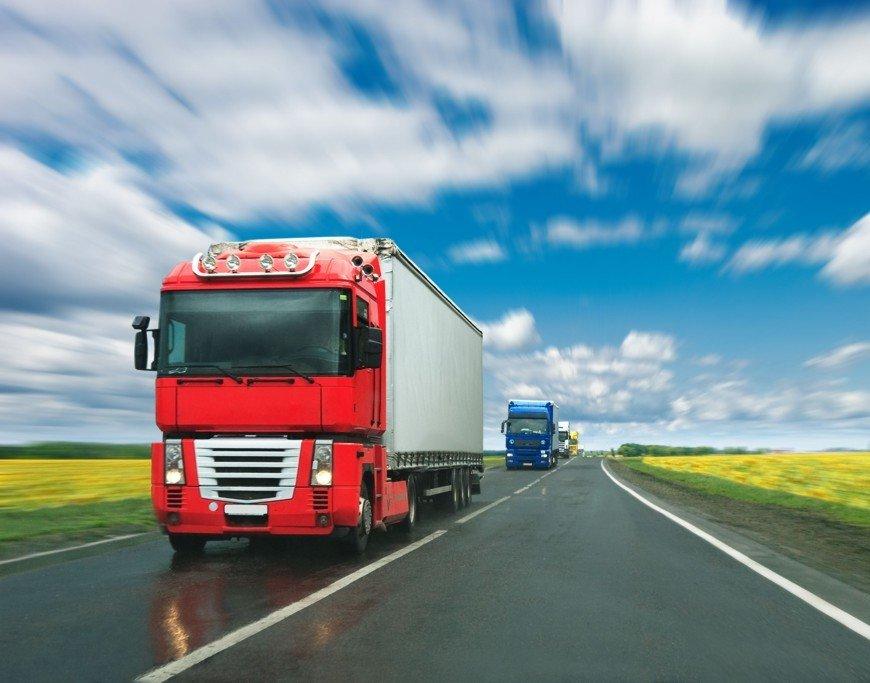 Pracujte jako řidič vnitrostátní nebo mezinárodní kamionové dopravy